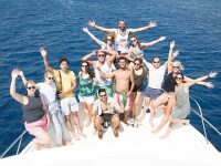 Group picture Aqaba boat